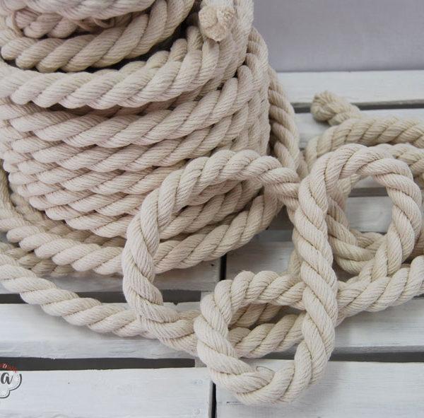 sznur1